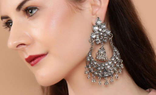 Earrings  for Look 1