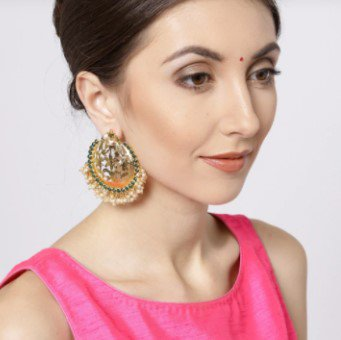 Earrings for Look 5